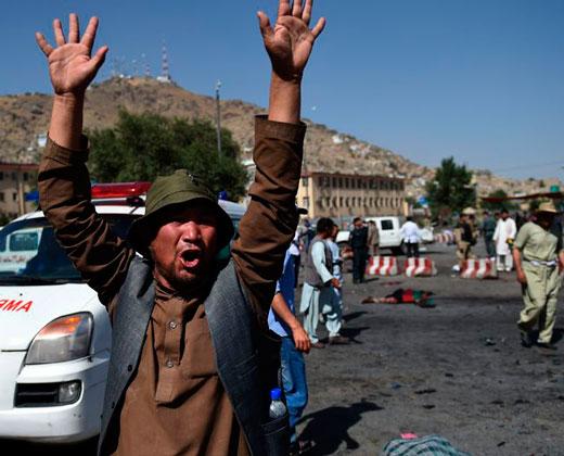El Estado Islámico reivindica el ataque en Kabul con al menos 80 muertos