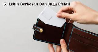 Lebih Berkesan Dan Juga Efektif  merupakan keunggulan flashdisk kartu sebagai souvenir dan merchandise