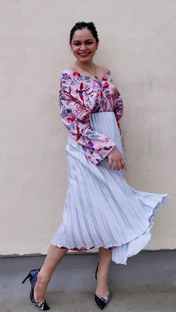 pleated skirt, workwear, styling over buying, how to style a kimono, off shoulder top, kimono jacket, rewear style