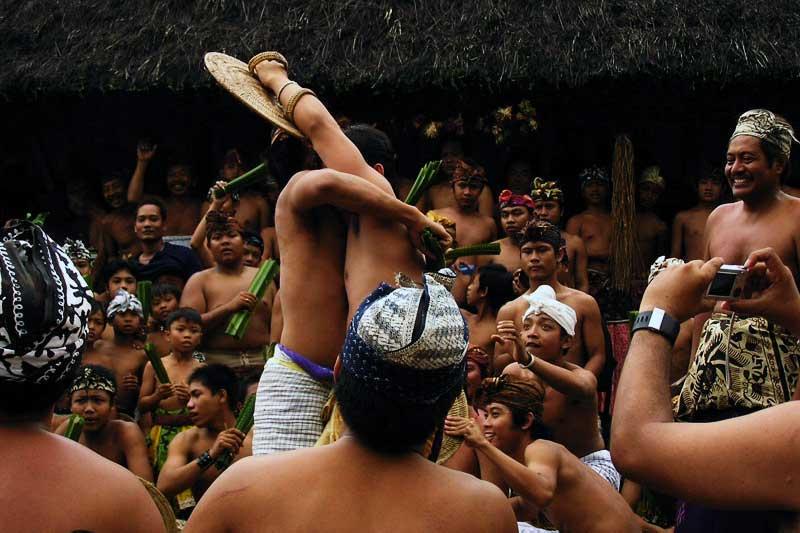 Sejarah Desa Adat Tenganan Bali
