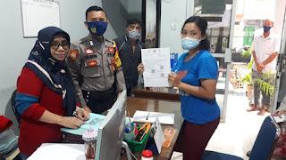 Polsek Wajo Kawal Proses Pencairan Bantuan Sosial Tunai di Kelurahan Melayu