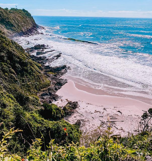 Praia da Solidão e Canto do Morcego - Itajaí/SC