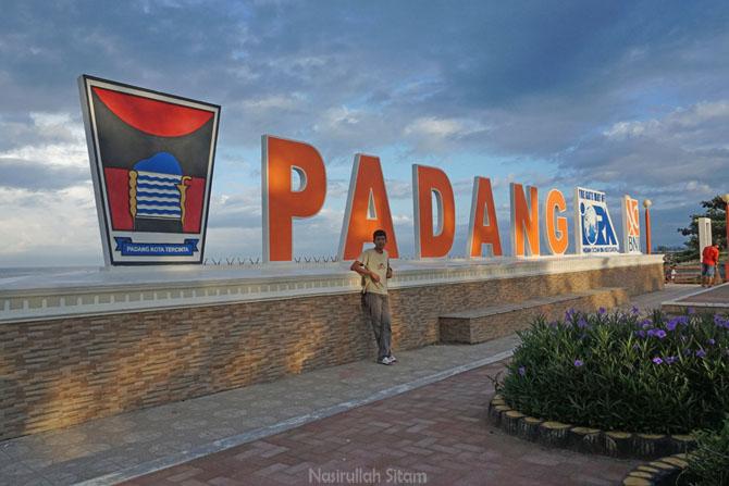 Kunjungan ke Padang, Sumatera Barat