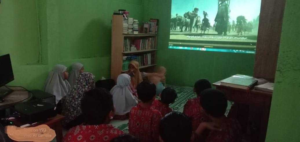 'Rusaknya' Proses Pendidikan Anak, Seringkali Dikarenakan Kehadiran 'Orang Ke-3'