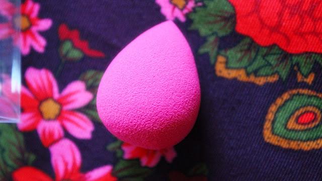 Małe, różowe, niesamowicie przyjemne i niezbędne każdej kobiecie. Co to?:)