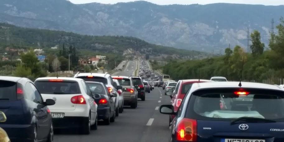 Παράταση δυο μηνών για την πληρωμή των τελών κυκλοφορίας