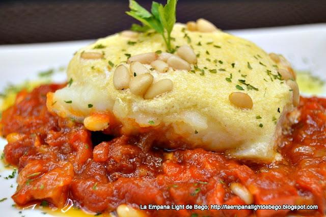 receta-de-bacalao-con-tomate-y-muselina-de-ajos