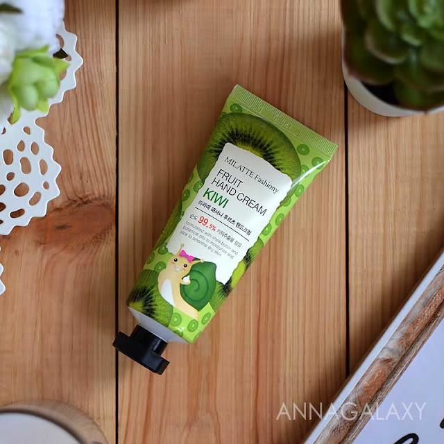 Крем для рук Milatte Fashiony Киви Fruit Hand Cream Kiwi имеет симпатичную упаковку