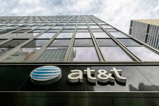 at&t-letting-go-3400-jobs