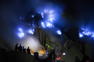Blue Flame Ijen Volcano, Sukamade Beach,Bromo Sunrise Tour 4 Days