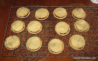 twelve mince pies