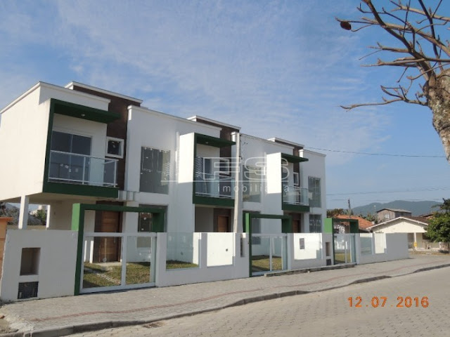 ENC: 189 - Sobrado Novo - 2 suítes - Perequê - Porto Belo/SC