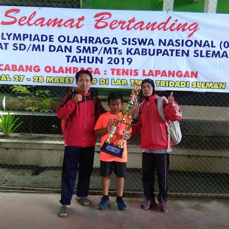 Juara O2SN Tenis Kabupaten