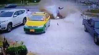 VEJA VÍDEO – Carro desgovernado causa acidente impressionante