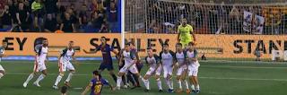 ميسى يتألق ويسجل هدفين ساهم بهما فى فوز برشلونة على ألافيس بثلاثية