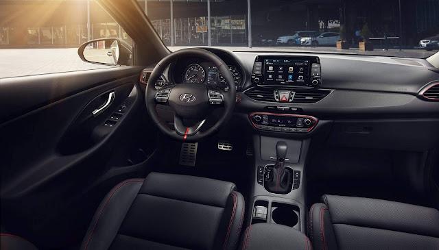 2018 Hyundai Elantra GT Hatch / i30