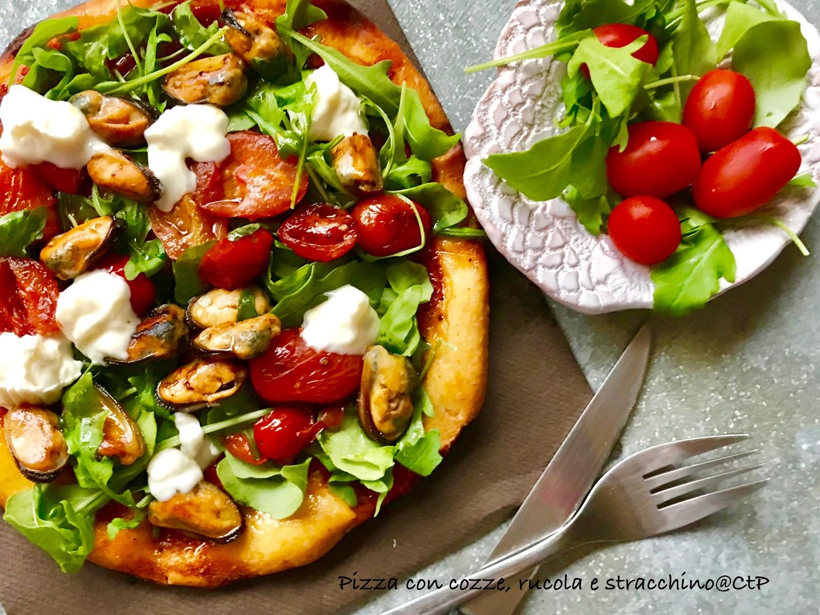 Pizza con cozze, rucola e stracchino alessandra ruggeri