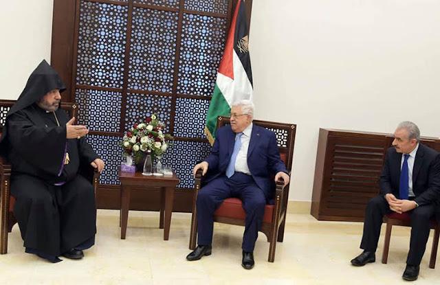 Patriarca armenio de Jerusalén recibe líderes palestinos