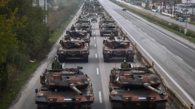 Θεσσαλονίκη: Εντυπωσιακή η πρόβα της στρατιωτικής παρέλασης – Εμφάνιση και στρατιωτικού drone (ΦΩΤΟ-ΒΙΝΤΕΟ)