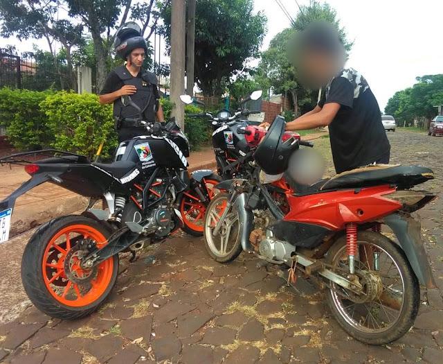 POSADAS : Quiso huir de un control con una moto robada, se le apagó el motor y fue detenido