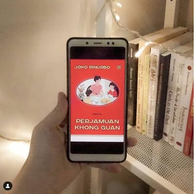 Review Singkat Buku Puisi Perjamuan Khong Guan, Joko Pinurbo