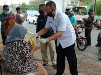 Bersama BNN, BKD dan Diklat Kabupaten Bima Bagi-bagi Masker Gratis ke Masyarakat