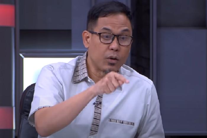 """MUI Sebut Penangkapan Munarman Tanda """"Islamofobia"""", Refly Harun: Jangan Lupa, Terorisme Bisa Datang dari Negara Itu Sendiri!"""