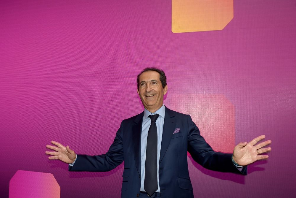 Debt King Drahi's Bid for Sotheby's Puts The Art World in Play...