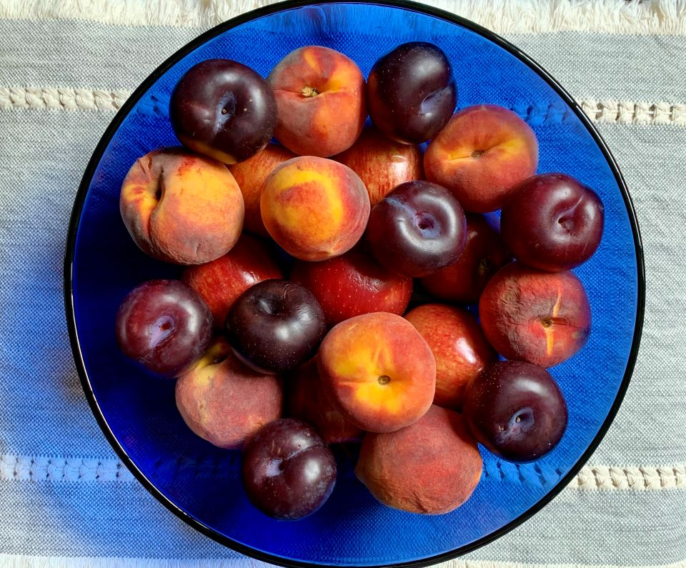 Three Helpful Cleaning Essentials I love this summer Fruit Bowl