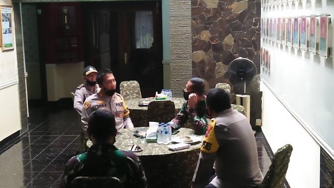 Jalin Keakrapan Dandim 0824 Berikan Selamat Ulang Tahun Ke Kapolres