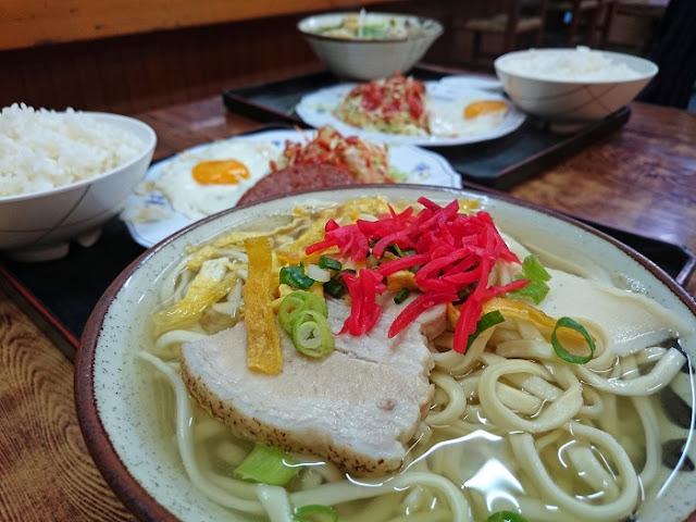 お食事処 サンマ亭の写真