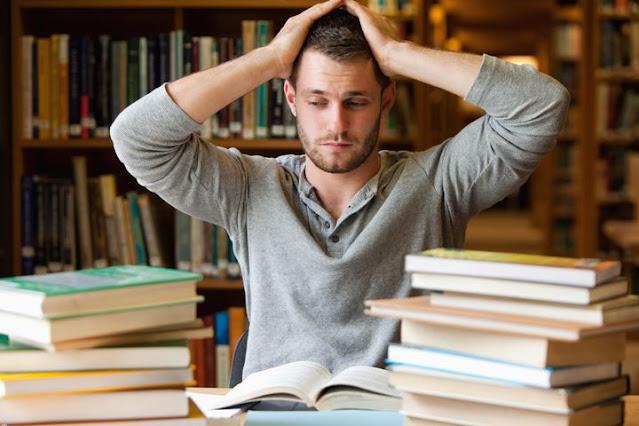 Financial Mistakes By College Students - कॉलेज छात्र करते हैं ये आर्थिक गलतियां, जानिए इसका सबसे बड़ा नुकसान