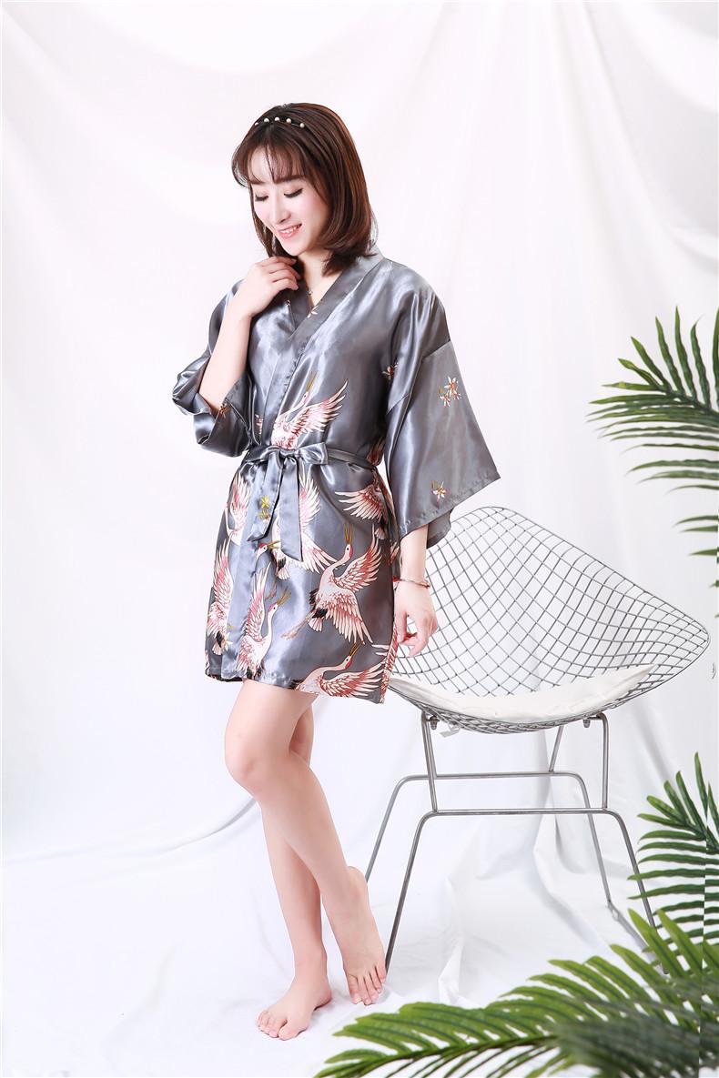 Áo choàng tắm, áo khoác ngủ nữ phi lụa sang trọng 10