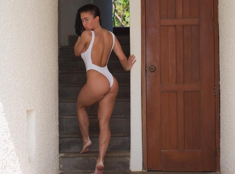 Fitness Model Katy Hearn 2