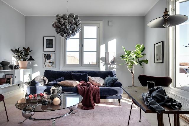 Дизайн-проекты. Голубой интерьер с красными акцентами в шведских апартаментах