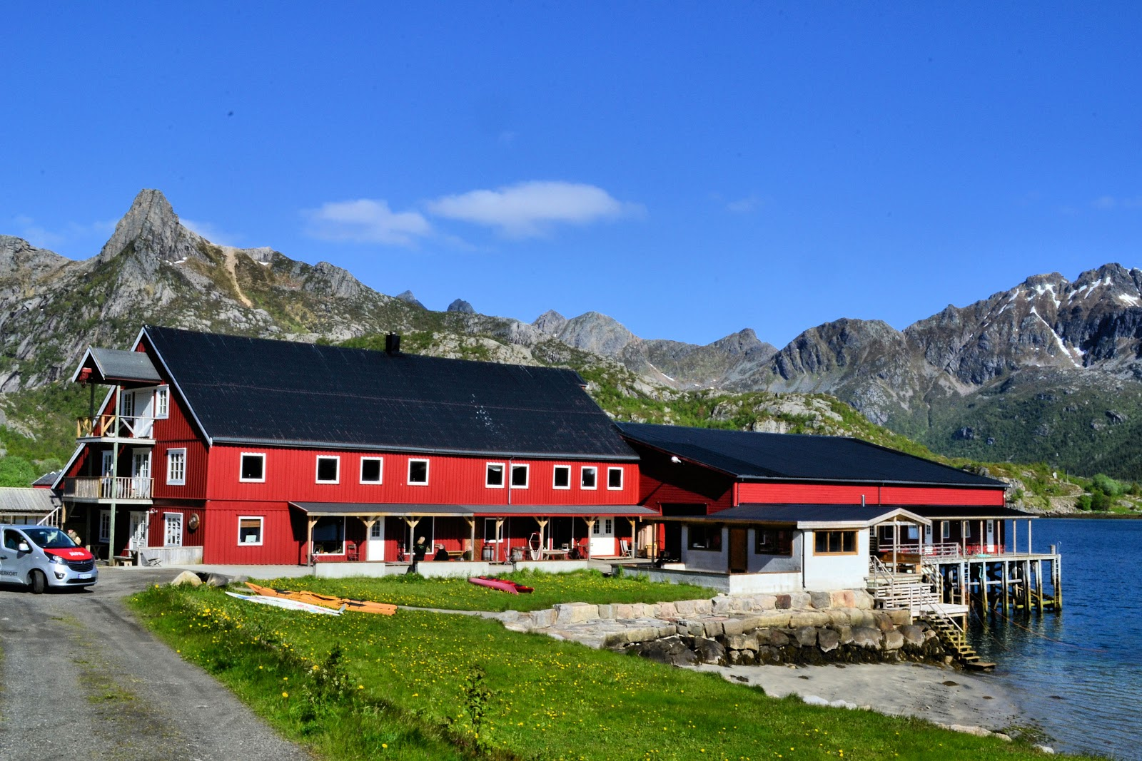 Kalle I Lofoten Brygge - the grand gathering place.