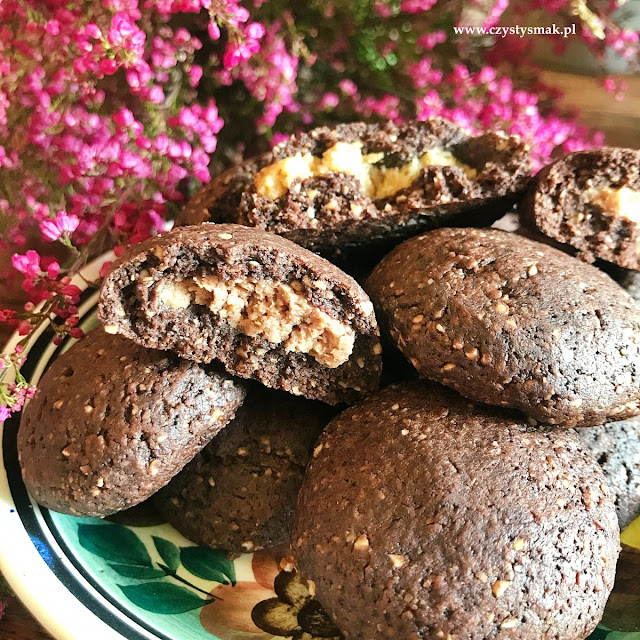 Ciasteczka z mąki orzechowej