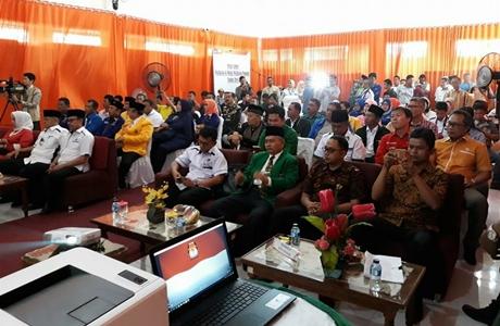 Tujuh Parpol Daftarkan Pasangan Emzalmi-Desri Ayunda ke KPU Kota Padang