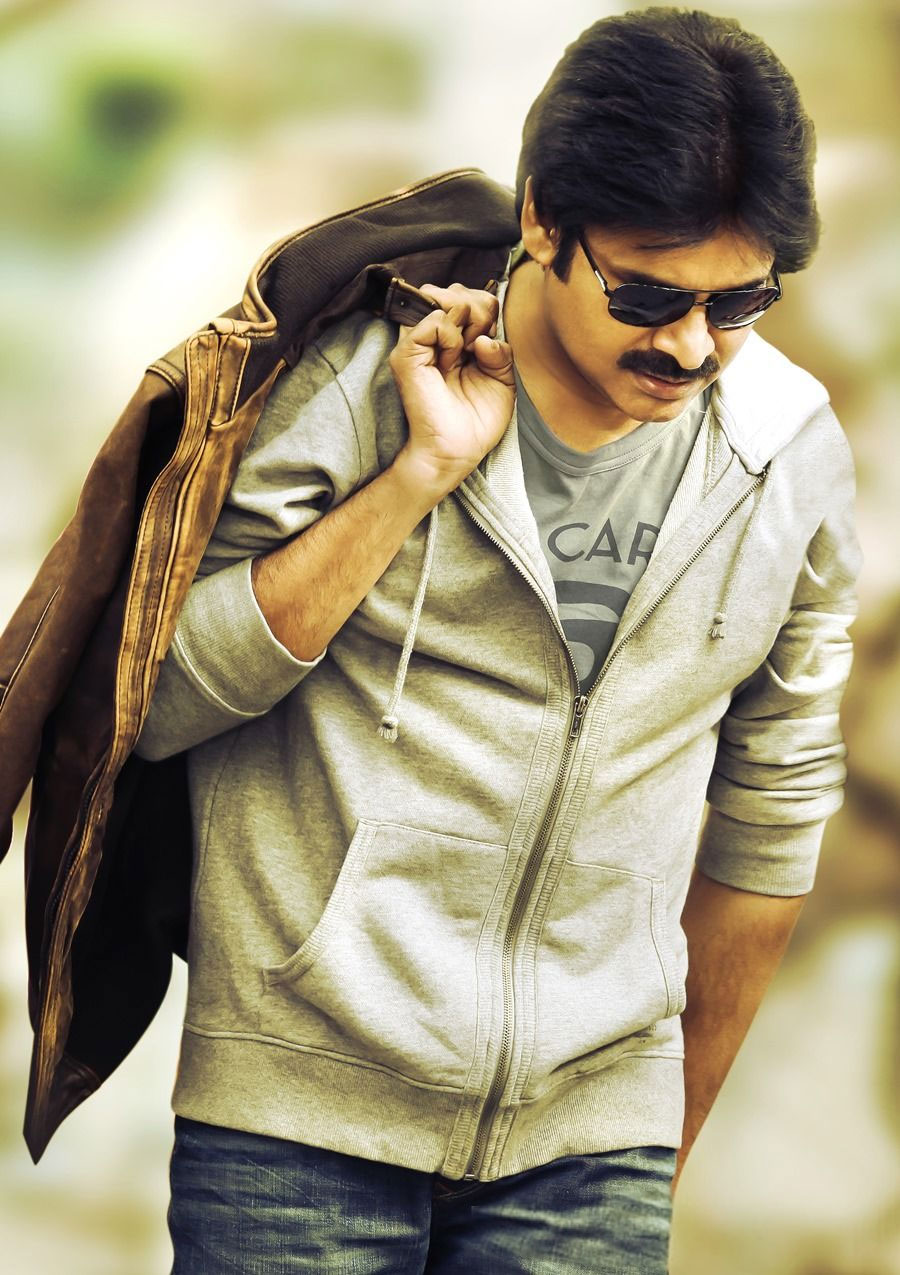 Pawan Kalyan Attarintiki Daaredi Movie Latest Hd Stills