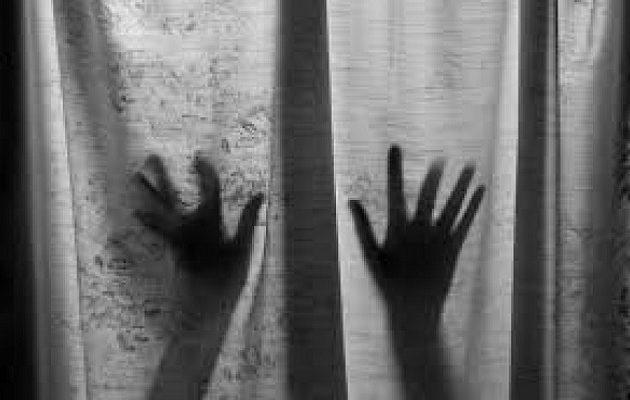 Ινδή κατήγγειλε ότι 40 άνδρες την βίαζαν επί τέσσερις ημέρες σε ξενοδοχείο