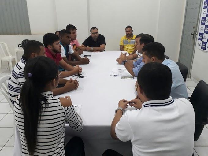 Secretaria de Governo dialoga com proprietários de paredões e explica decreto que proíbe som automotivo sem autorização da Prefeitura de Caxias