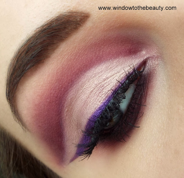 Morphe & Jaclyn Hill  Blink Boss purple cut crease