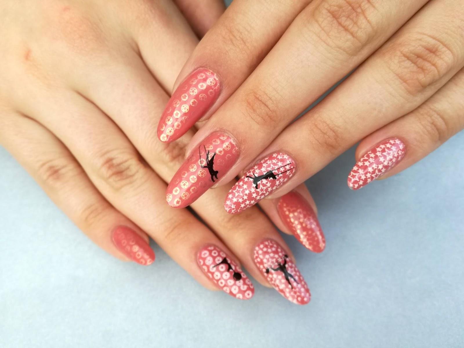 cyrkowe paznokcie