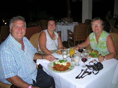 Restaurante Cafe Med, Hotel Royal Decameron Resort Panamá, round the world, La vuelta al mundo de Asun y Ricardo, mundoporlibre.com