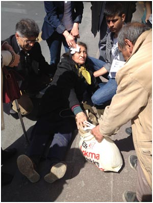 Ankara'da Özel Halk Otobüsleri Yaşlılara Saygılı Davranmıyor
