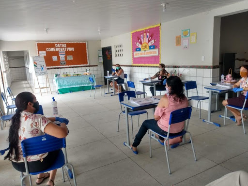 Escola Chicó Maria faz a segunda entrega de atividades não presenciais