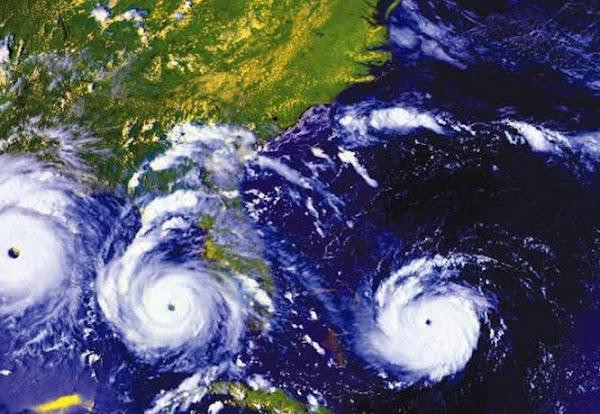 3 ciclones estan apunto de impactar el planeta tierra.