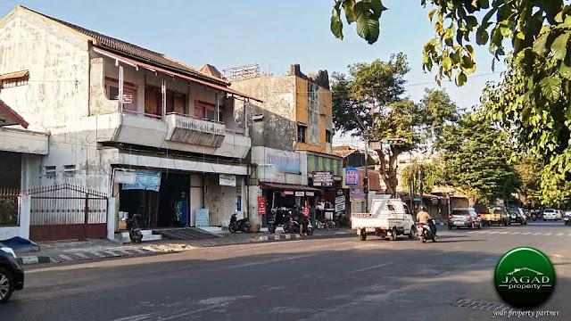 Rumah tepi jalan Utama dekat Malioboro