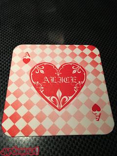 Posavasos carta roja restaurante de Alicia en Tokyo