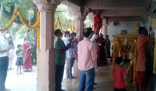 सोशल डिस्टेनसिंग के साथ जगन्नाथ रथ यात्रा समिति ने मनाई भगवान जगन्नाथजी की जयंती
